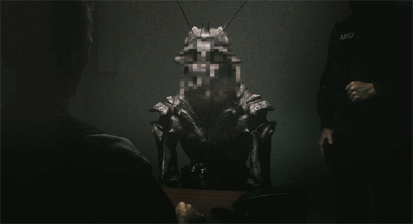One of the aliens from District 9